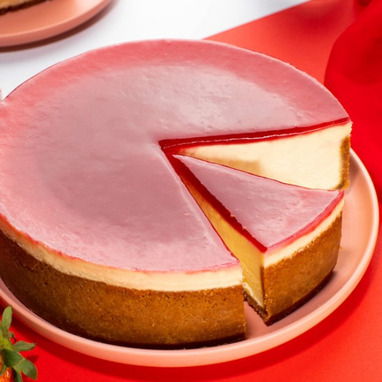 Strawberry Cheesecake - Queen of Hearts | Cat & the Fiddle-Birthday-Cheesecake-Delivery